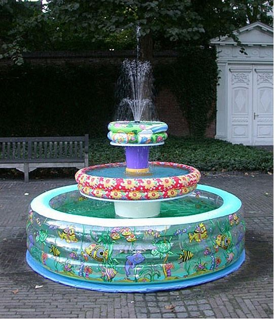 funny-inflatable-fountain-water-kids