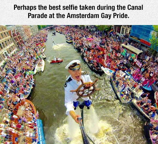 funny-sailor-selfie-river-boat-party