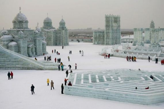 02-city_is_made_out_of_ice