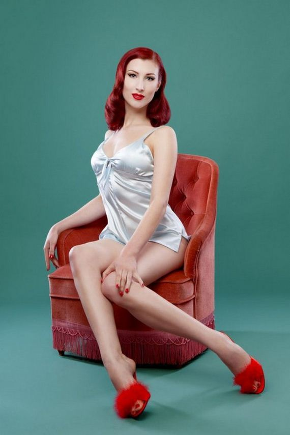 10-pin-up-girls