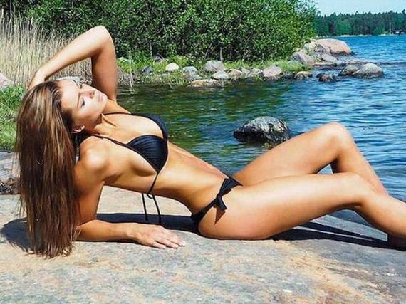 11-bikini-girls