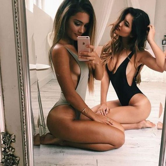 12-friday-fit-girls