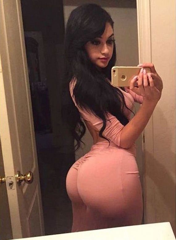 12-girls-in-tight-dresses