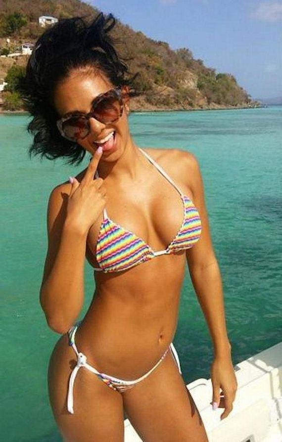 17-bikini-girls