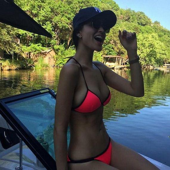 19-bikini-girls
