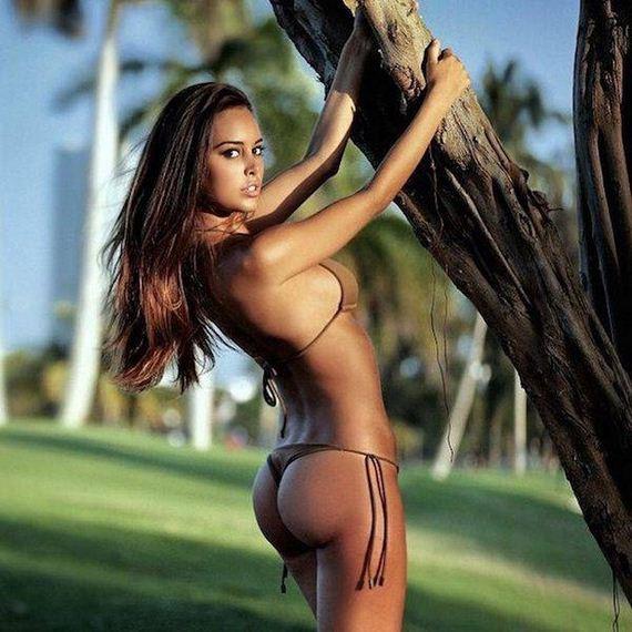 22-bikini-girls