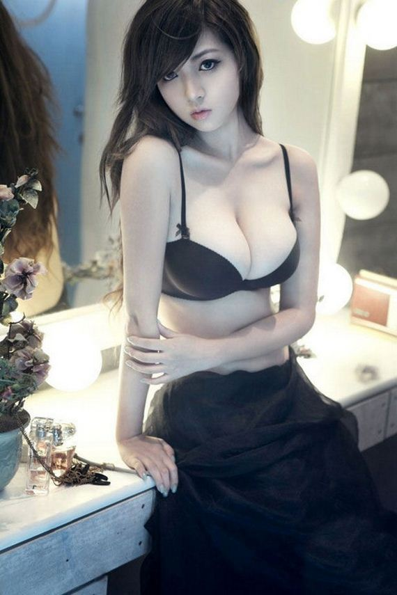 29-busty-girls