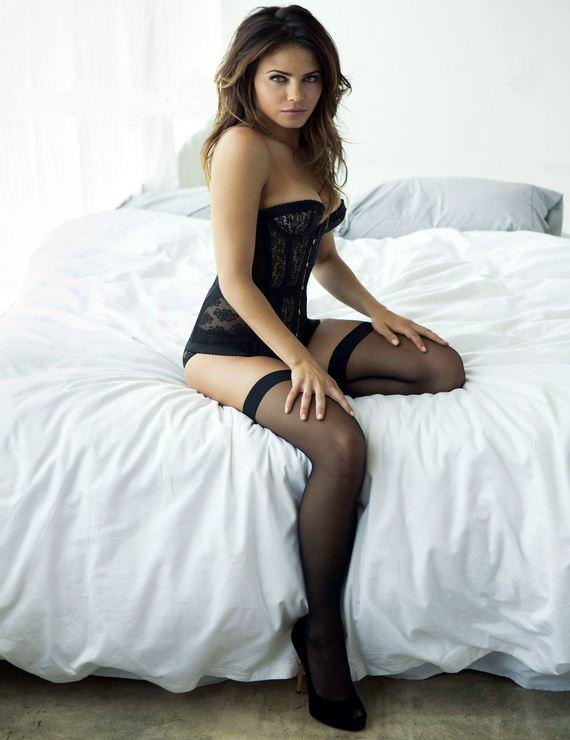 Jenna Coleman Nude - Barnorama