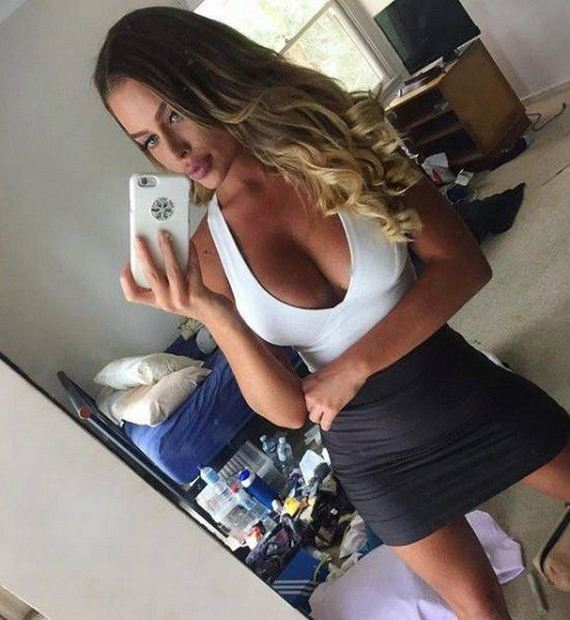 Sexy Girls in Tight Dresses Are The Best - Barnorama