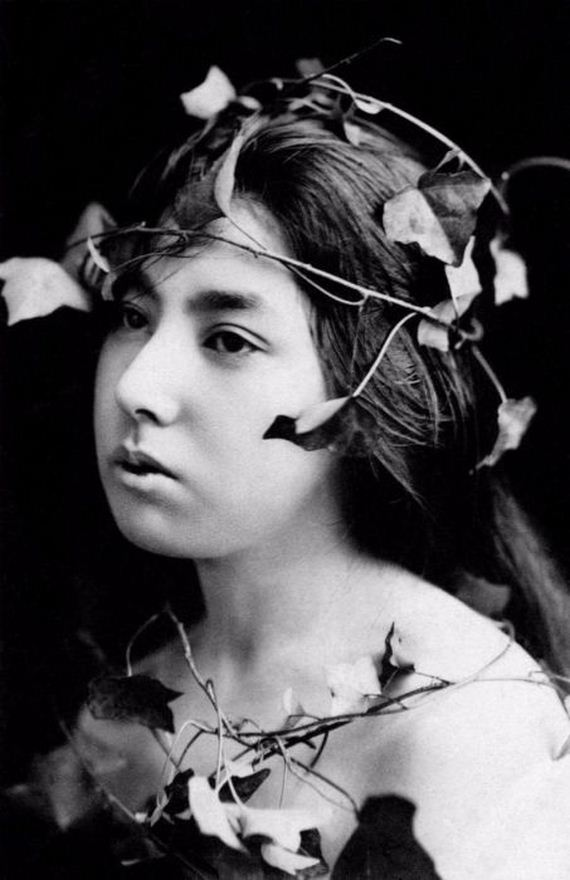 Rare And Fascinating Vintage Photos Of Geishas Without
