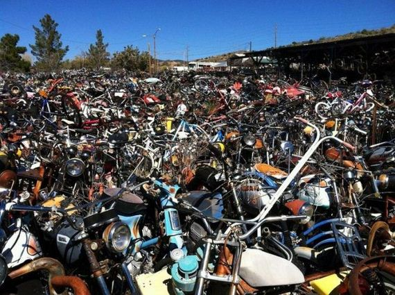 Tempe Used Cars >> Abandoned Bikes In This Motorcycle Cemetery - Barnorama