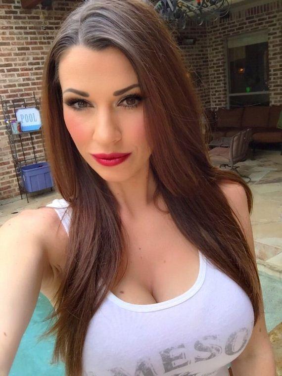 Hot Car Selfies - Barnorama