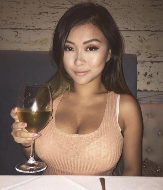 Girl asian hotie