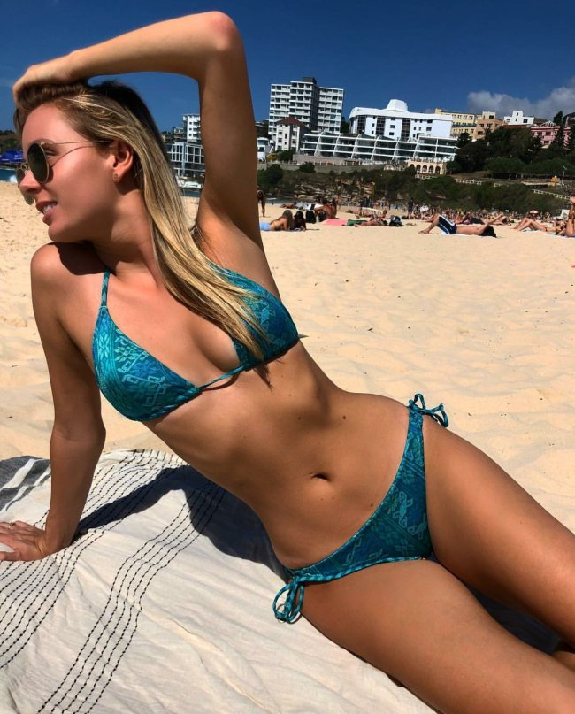 Cute swedish girl exposes her petite, tight body by the
