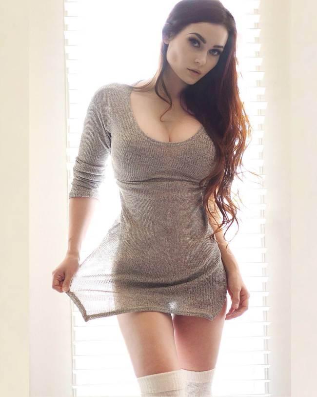 Sexy girls undressing