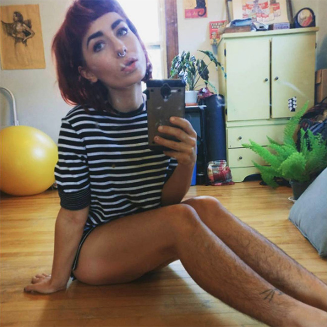 Stupid T Shirts >> Awkward Instagram Beauty Trend: Women With Hairy Legs - Barnorama