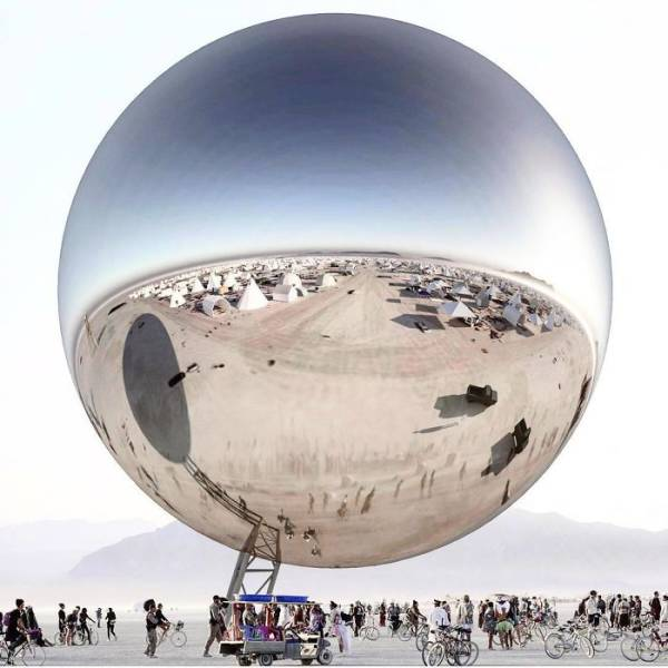 """Funny Burning Man Memes Of 2017 On Sizzle: Photos From """"Burning Man 2018"""" Look Surreal"""