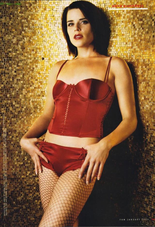 Sexy Pictures Of Neve Campbell Near Nude Neve Campbell