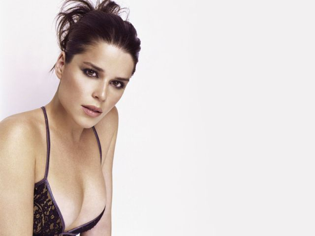 Sexy Pictures Of Neve Campbell  Near Nude Neve Campbell -4222