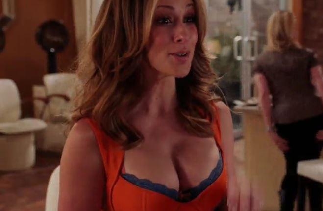 hewitt Jennifer boobs love