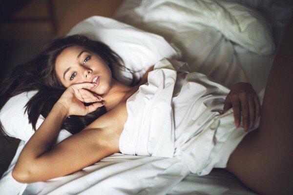 Hot Girls In Bed Vol 7 Barnorama