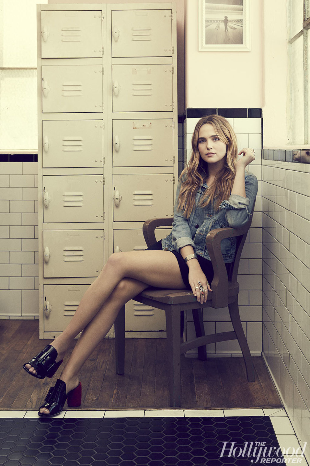 The Sexiest Zoey Deutch Pictures Ever - Barnorama-1698