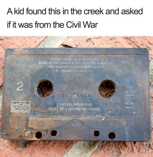[Image: 90s-memes-are-a-nostalgic-gold-mine-32-photos-12.jpg]