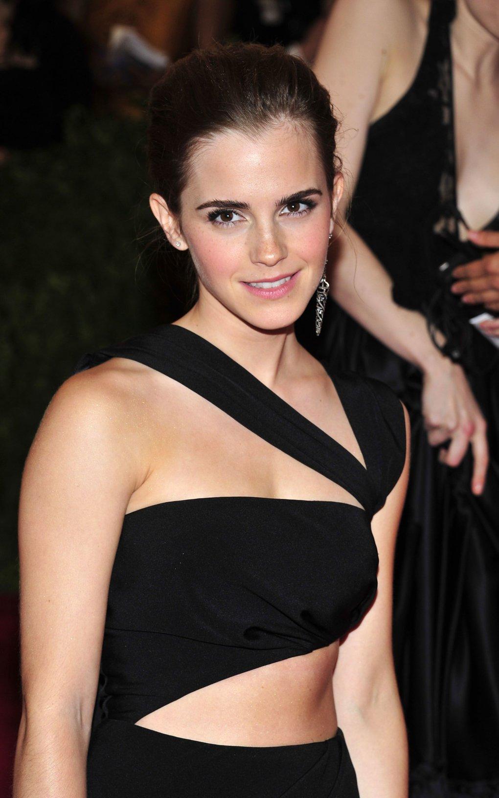 The Hottest Photos Of Emma Watson - Barnorama