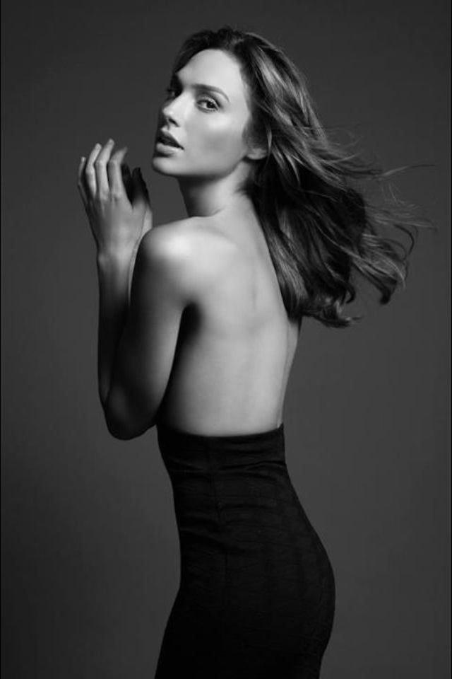 Hot Gal Gadot Photos | Gal Gadot Nude - Barnorama