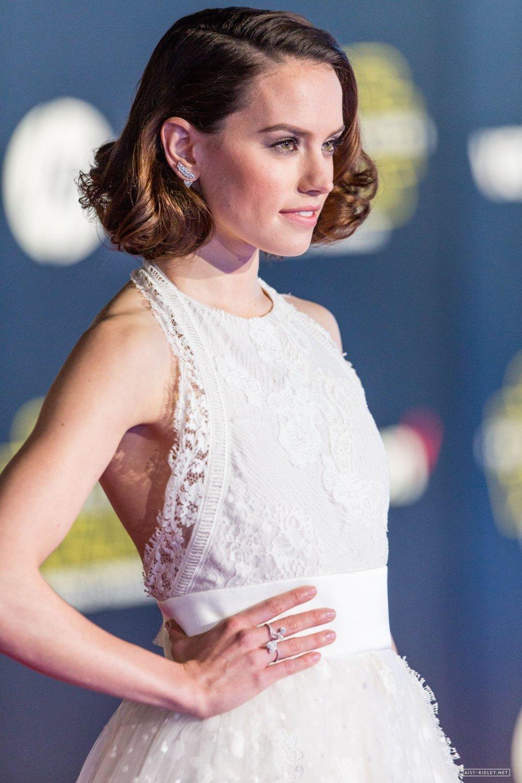 The Hottest Daisy Ridl...
