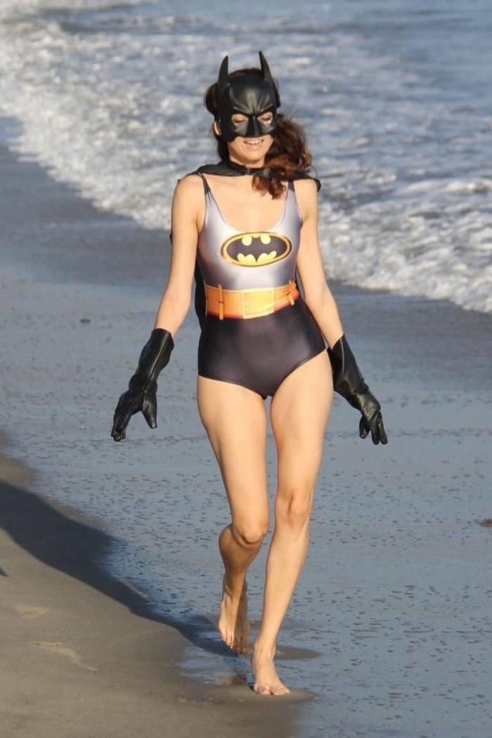 45 Embarrassing Celebrity Fashion Mishaps - Barnorama
