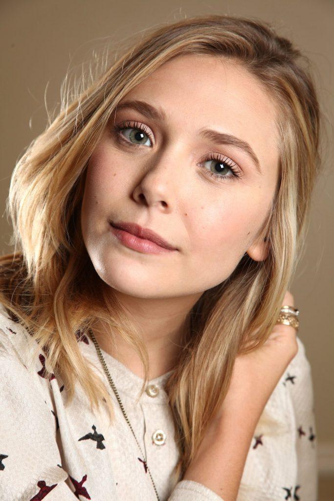 Hot Elizabeth Olsen Boobs - Barnorama