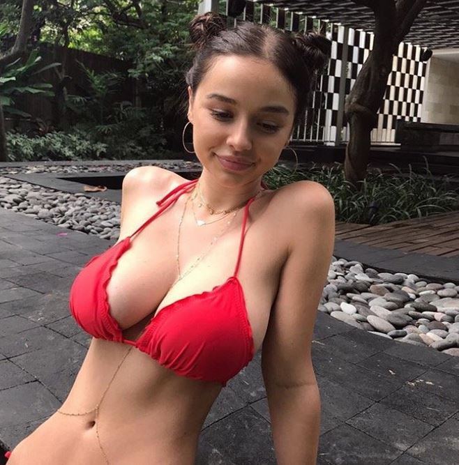 Sexy Sophie Mudd Huge Boobs - Barnorama-8983