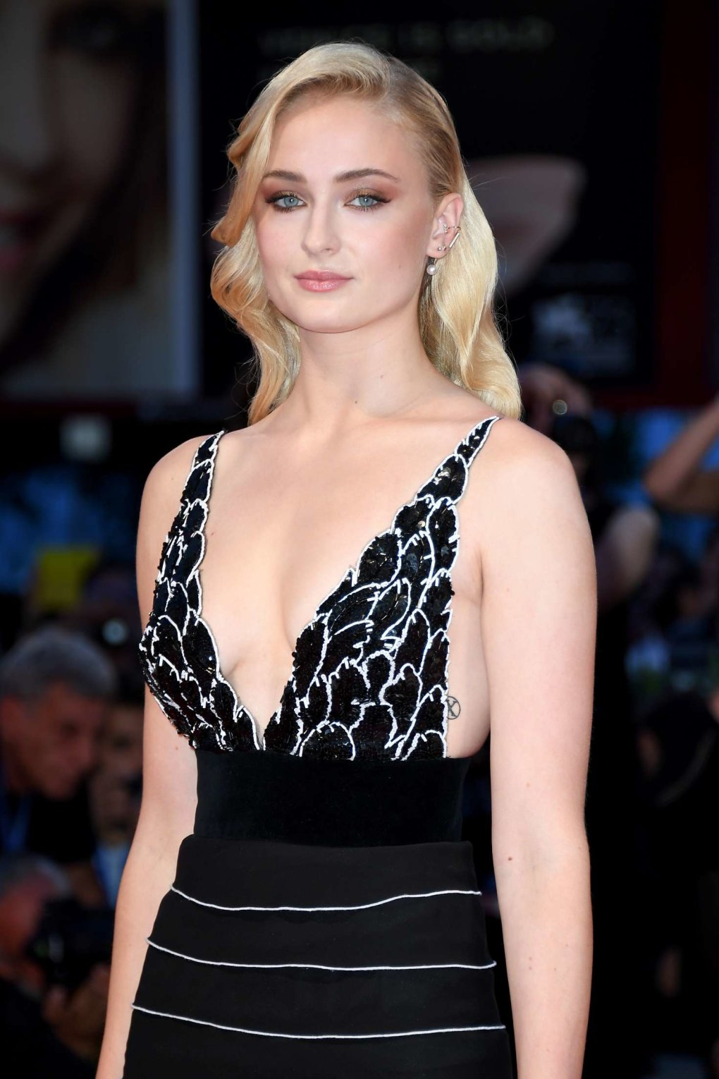 70 Hot And Sexy Sophie Turner Photos - Barnorama