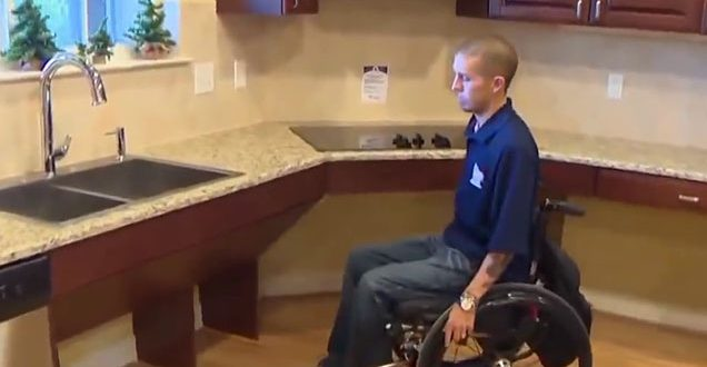 Quot Paralyzed Quot Veteran Caught Walking After Being Given A
