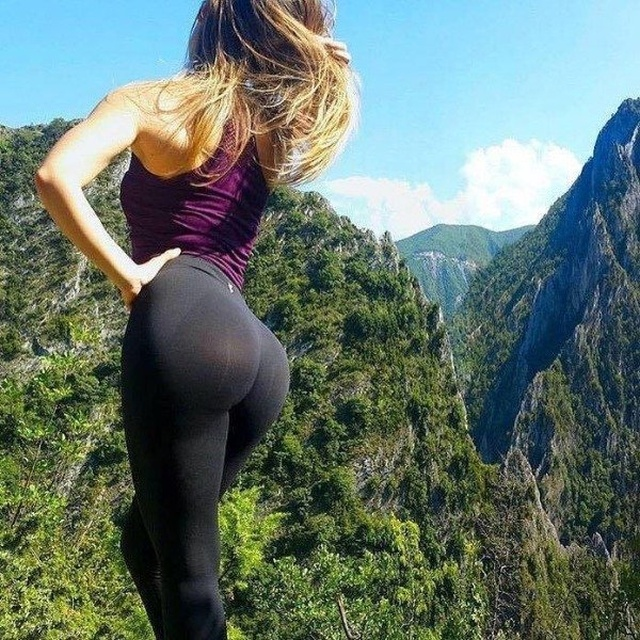 Hot And Sexy Girls In Yoga Pants Barnorama