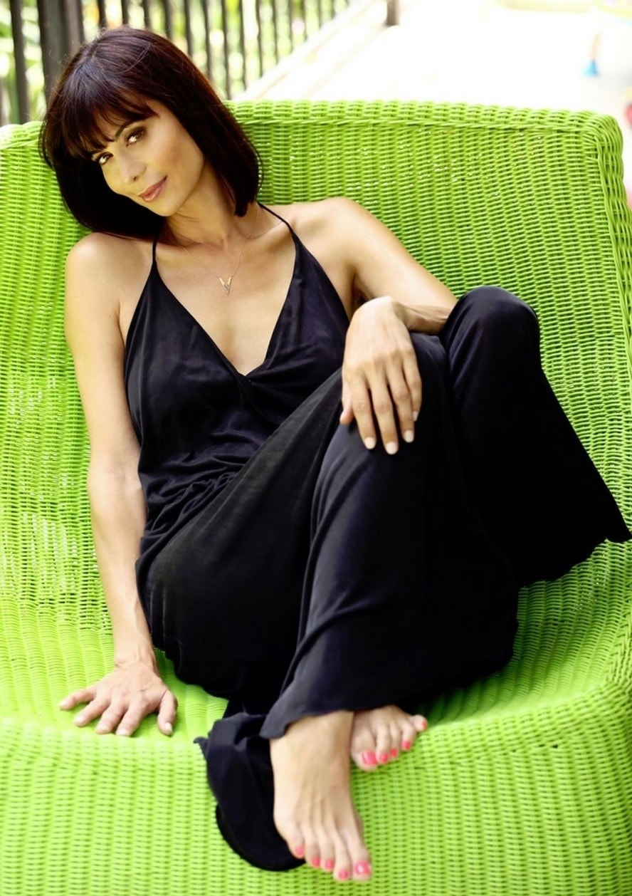 Hot Catherine Bell Photos