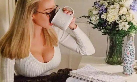 Stupid T Shirts >> Sexy Girls And White T-Shirts - Barnorama