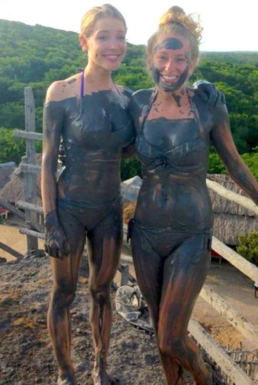 25 Hot And Sexy Mud Girls - Barnorama-6268