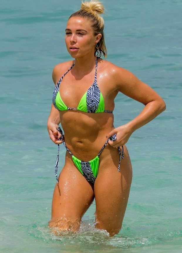 Sexy Gabby Allen in Green Bikini In Barbados - Barnorama