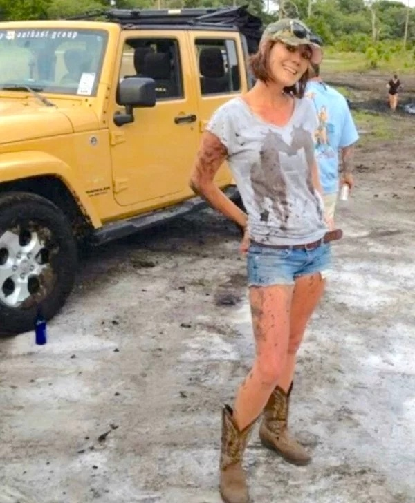 Stupid T Shirts >> 30 Nice Jeeps And Hot Girls - Barnorama