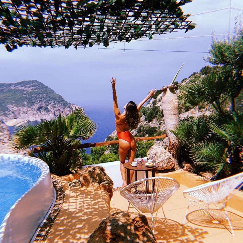 Sexy Alessandra Ambrosio And Nicolo Oddi Photos - Barnorama-9308