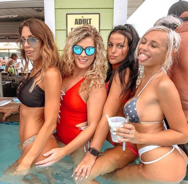 50 Hot And Sexy Bikini Girls