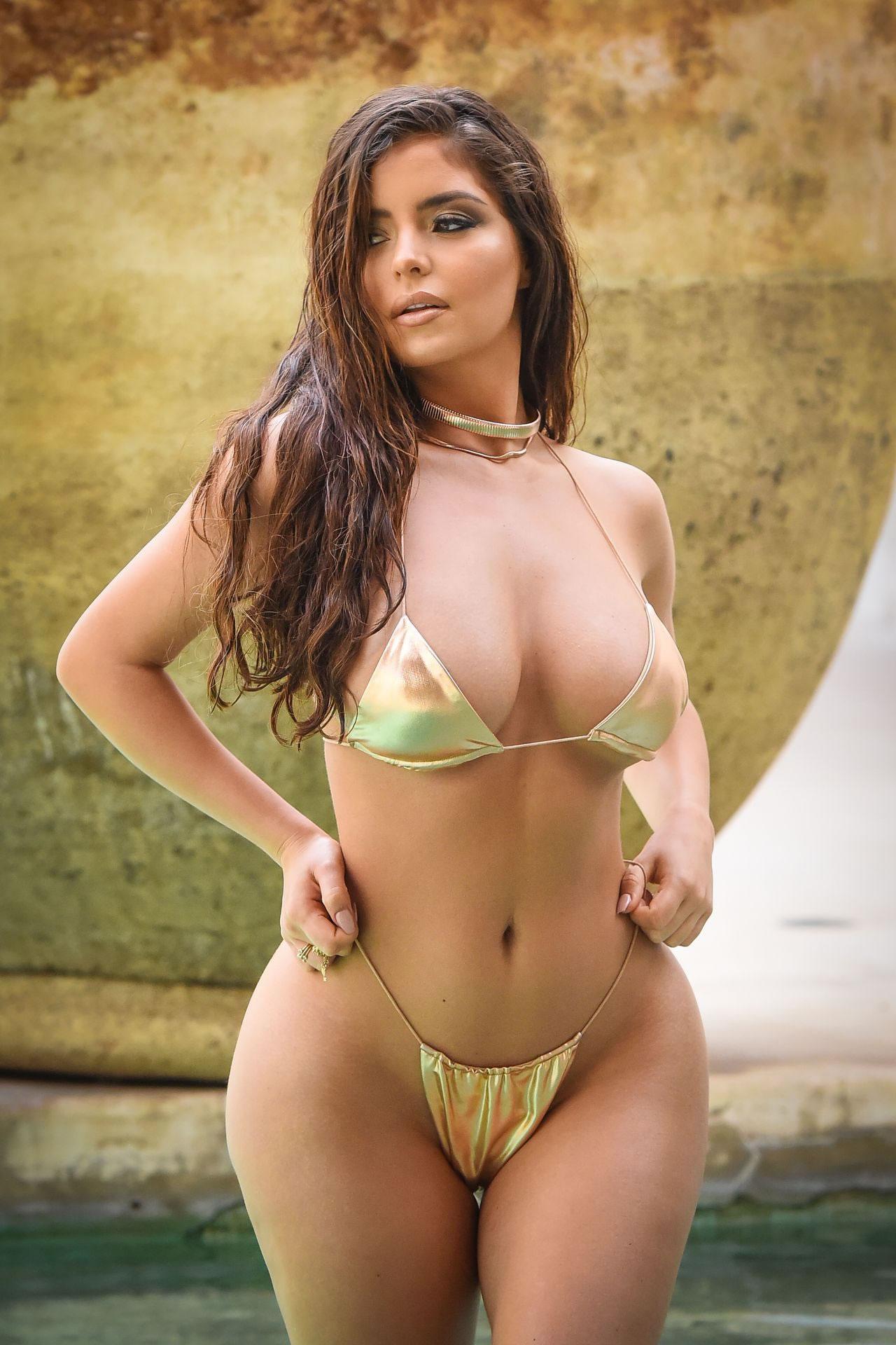 figures bikini Beautiful