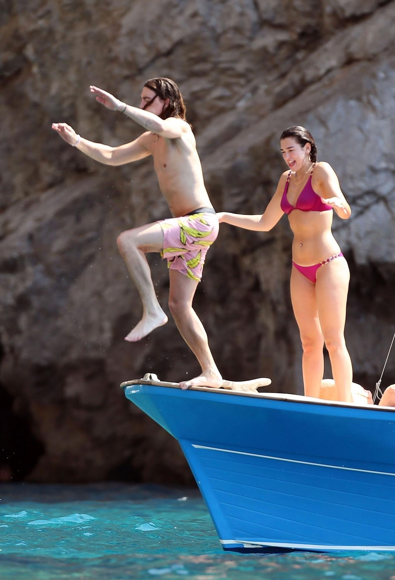 Dua Lipa's Hot Bikini Photos - Barnorama