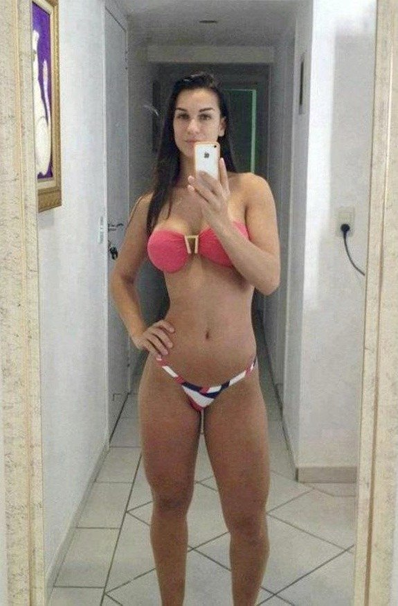 100 Hottest Selfies Around The Net Barnorama
