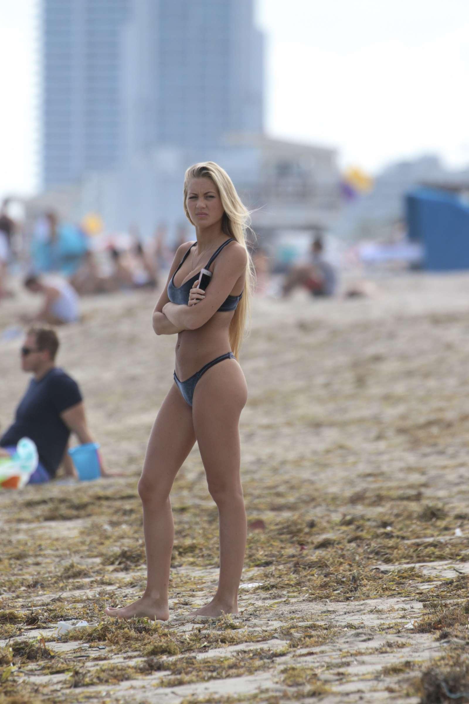 Hot Ludmila Isabella Bikini Photos - Barnorama-8354