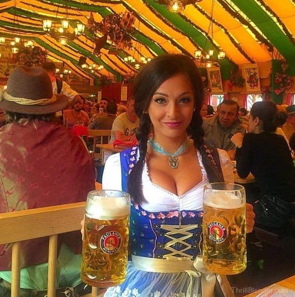 26 Hot Oktoberfest Beer Babes