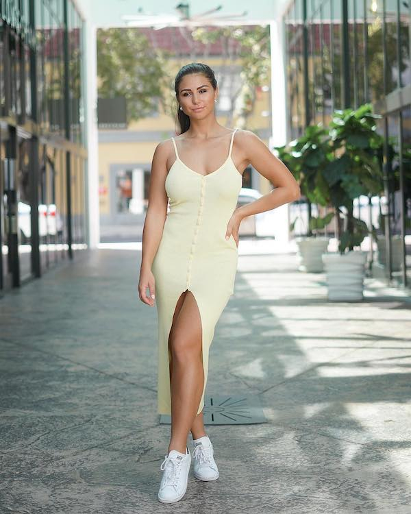 31 Sexy Girls In Tight dresses Are Heating Up This Summer