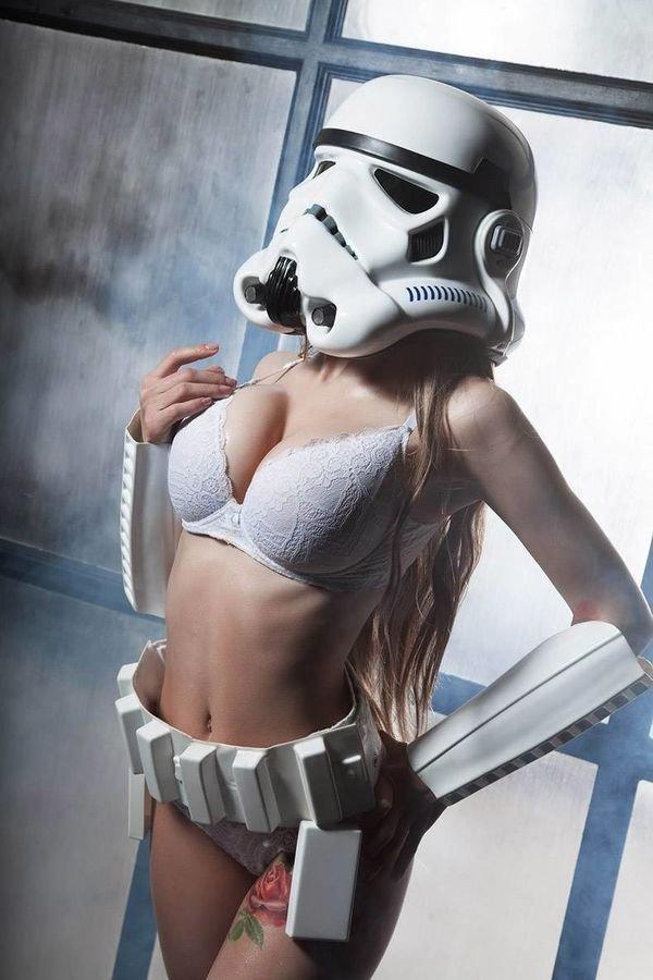 Meg Turney - Star Wars Boudoir_[第1页]_唯美Cosplay高清写真美女大全